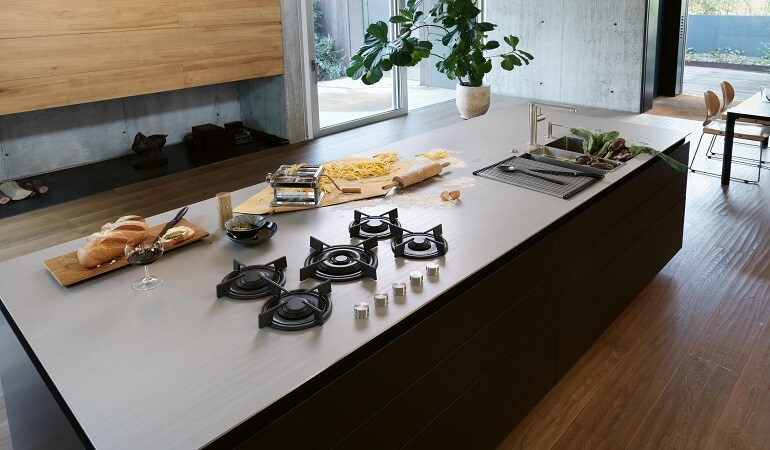 Cách lựa chọn chất liệu và bảo quản mặt bàn bếp-2