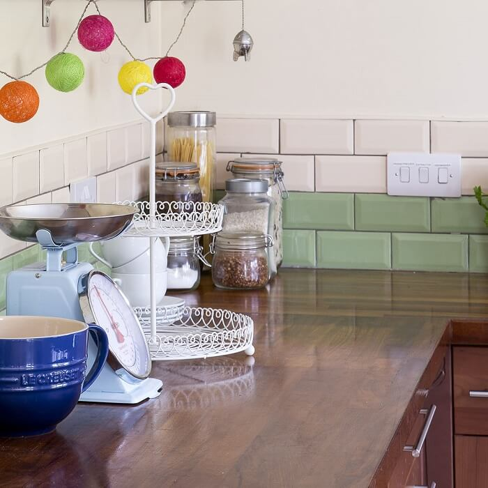 Cách lựa chọn chất liệu và bảo quản mặt bàn bếp-4
