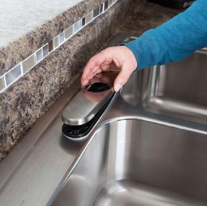 Các công đoạn lắp đặt vòi rửa từ A đến Z-5
