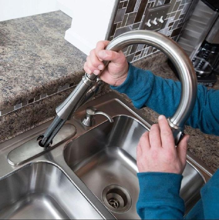 Các công đoạn lắp đặt vòi rửa từ A đến Z-6