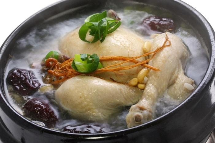 Gà hầm hạt sen - món ăn bổ dưỡng cho người ốm-4