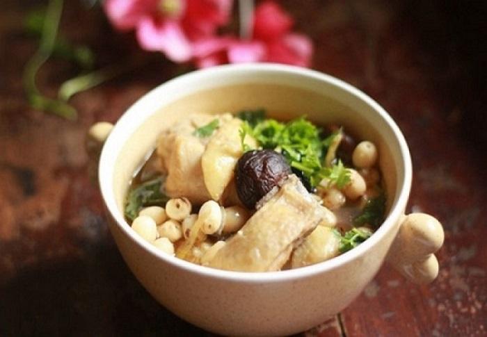 Gà hầm hạt sen - món ăn bổ dưỡng cho người ốm-5