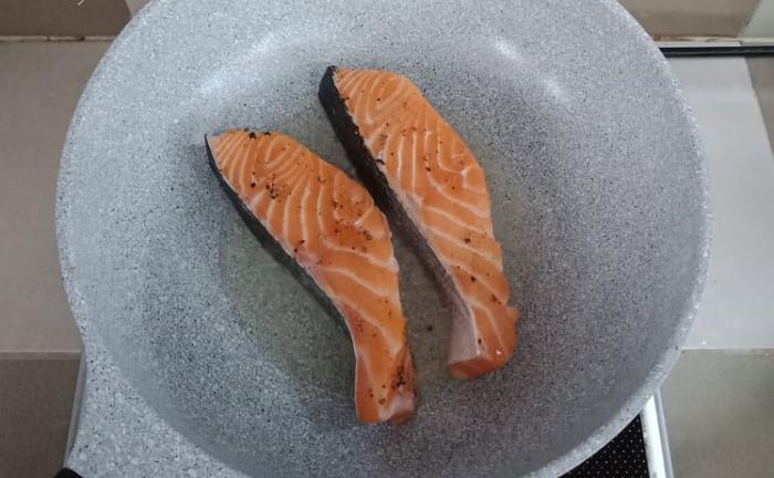 Cách chế biến cá hồi sốt cam, một món ăn bổ phổi-3