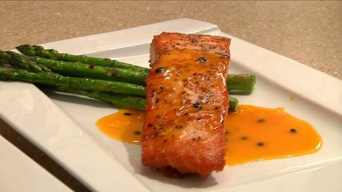Cách chế biến cá hồi sốt cam, một món ăn bổ phổi-6