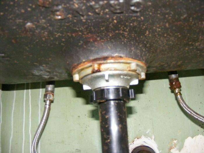 4 dấu hiệu vòi rửa chén inox 304 cần phải thay thế-3