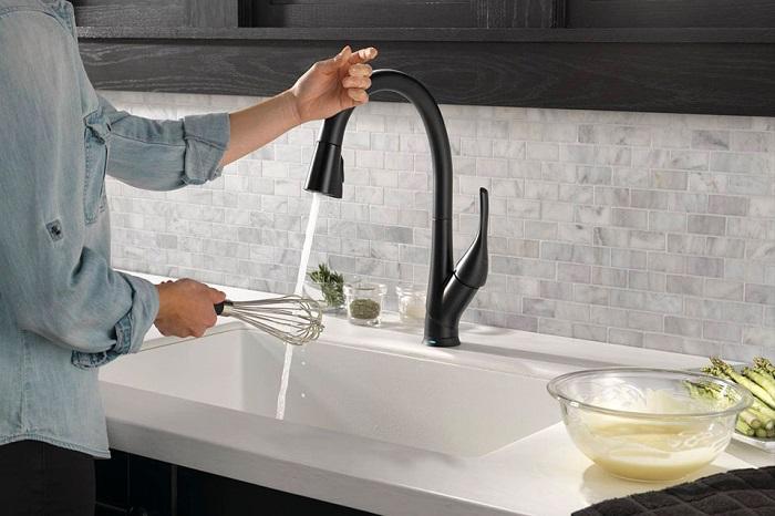 4 vấn đề bộ vòi rửa bát cảm ứng thường gặp-4