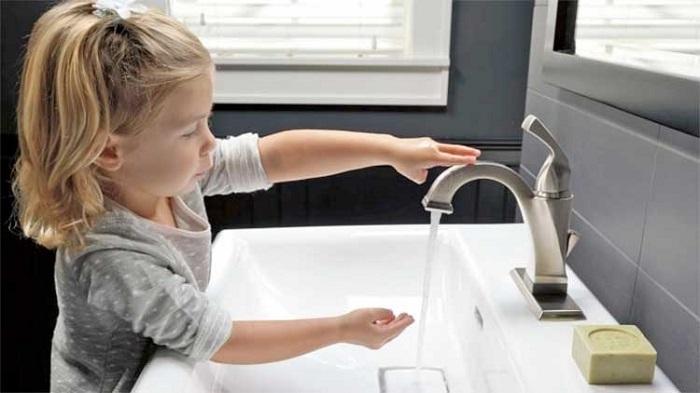 Hướng dẫn mua vòi nước chậu rửa bát-1