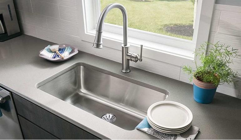 Kinh nghiệm chọn mua vòi nước rửa chén giá rẻ-1