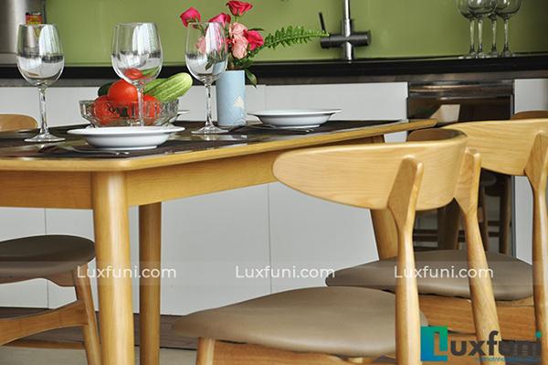Mẫu bàn ghế ăn gỗ cao su đắt khách nhất hiện nay-6