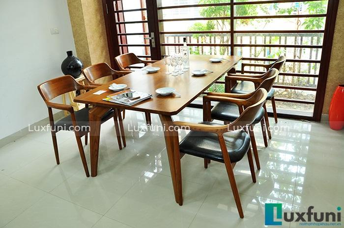 Mẫu bàn ăn đẹp nào thích hợp cho không gian bếp nhà bạn?-5
