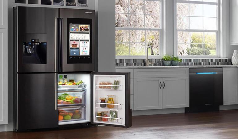 Mua tủ lạnh nào tốt: Tủ lạnh Toshiba, Panasonic, LG, Aqua Sanyo,Hitachi