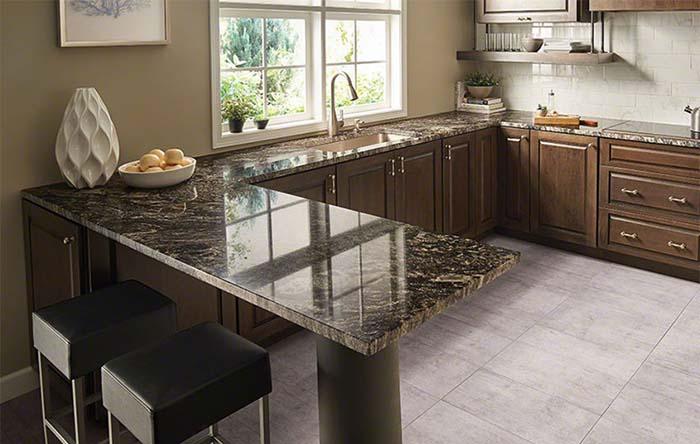 Có nhiều sự lựa chọn đá bàn bếp cả trong màu sắc lẫn kiểu dáng