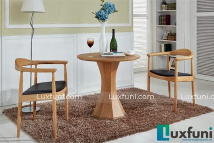 Bộ bàn ăn cho phòng bếp nhỏ duyên dáng