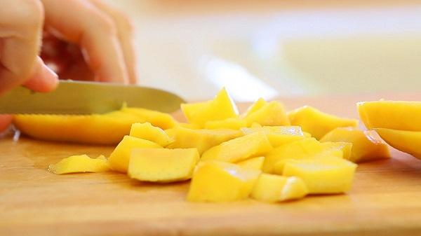 Cháo diên mạch trái cây cho bé ăn dặm kiểu Nhật