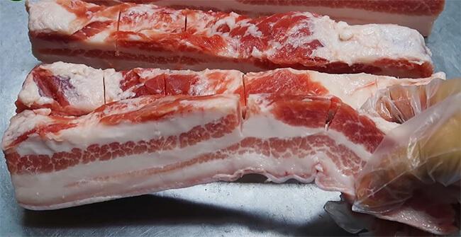 Cách làm thịt ba rọi một nắng chiên giòn bì