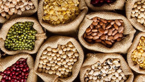 10 loại thực phẩm nên mua tích trữ mùa dịch